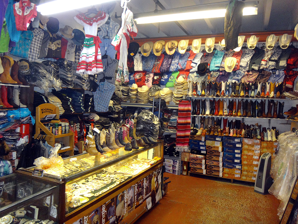 Redland-Market-Village-Cowboy-Shopping